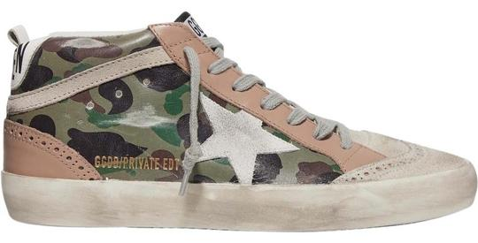 Preload https://img-static.tradesy.com/item/26304562/golden-goose-deluxe-brand-mid-star-distressed-camouflage-print-leather-and-suede-sneakers-size-eu-39-0-1-540-540.jpg