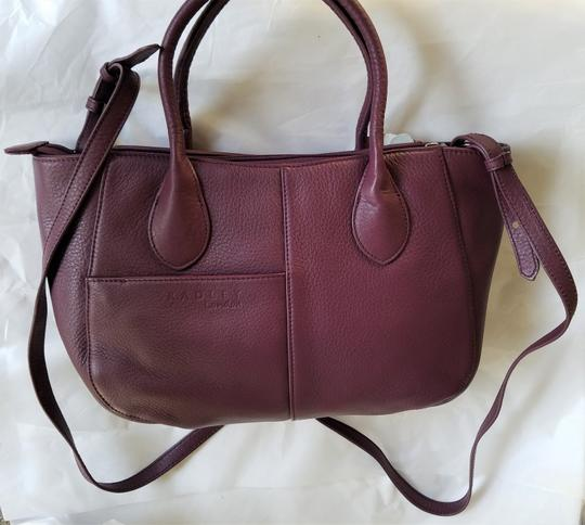 RADLEY LONDON Leather Crossbody Purse Satchel in Wine Image 2