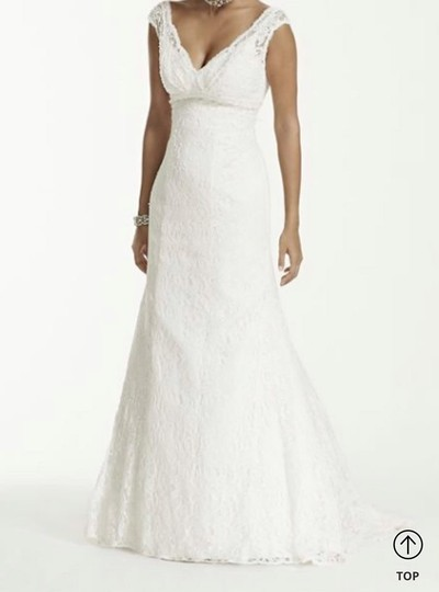 Preload https://img-static.tradesy.com/item/26304690/lace-trumpetmermaid-vintage-wedding-dress-size-8-m-0-0-540-540.jpg
