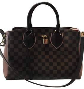Louis Vuitton Tote in brown, pink