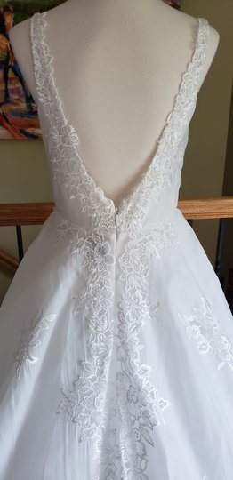 Ivory 18236 Rachel Formal Wedding Dress Size 12 (L) Image 3