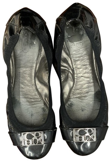 Preload https://img-static.tradesy.com/item/26304964/coach-black-women-s-ballet-leatherpatent-leather-flats-size-us-85-regular-m-b-0-3-540-540.jpg
