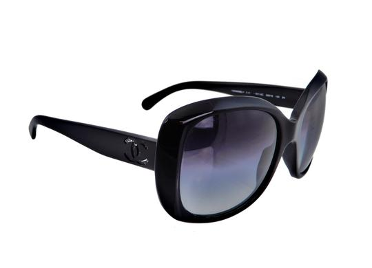 Chanel Chanel CH 5183 c.501/3C 59mm Oversized Butterfly Sunglasses Image 7