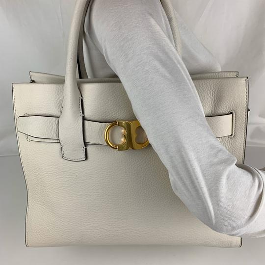 Tory Burch Tote in New Ivory Image 4