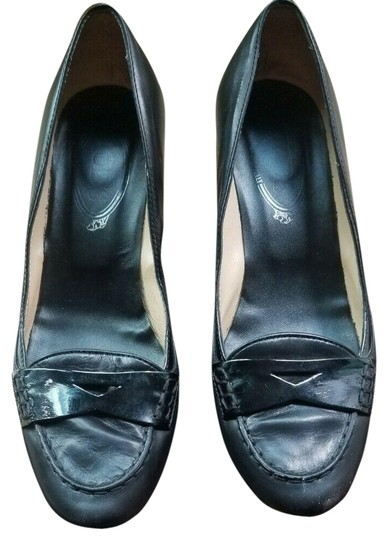 Tod's Classic Timeless Sophisticated Italy Black Pumps Image 0