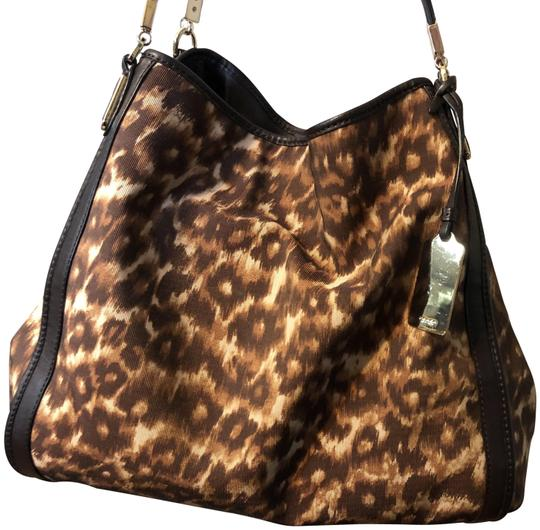 Preload https://img-static.tradesy.com/item/26305286/coach-and-four-brown-animal-print-lambskin-leather-shoulder-bag-0-3-540-540.jpg