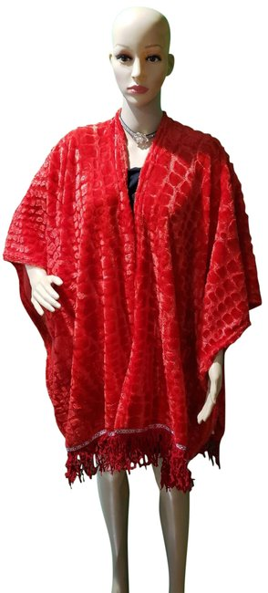 Item - Red Capes/ with Fringe Poncho/Cape Size OS (one size)