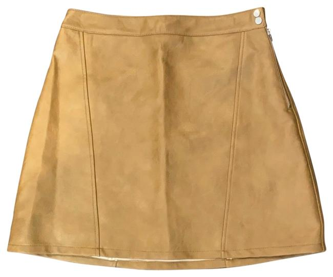 Item - Beige Faux Leather Skirt Size 8 (M, 29, 30)