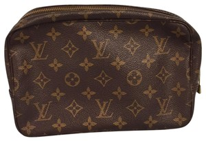 Louis Vuitton Trousse Toilette 23 Brown Clutch