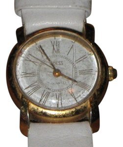 Guess Vintage Guess white leather w/gold-tone face watch