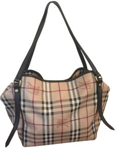 Burberry Aston Small Shoulder Bag 3