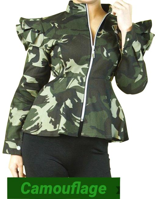 Item - Green W Camouflaged W/High Ruffled Shoulders Activewear Outerwear Size 8 (M)