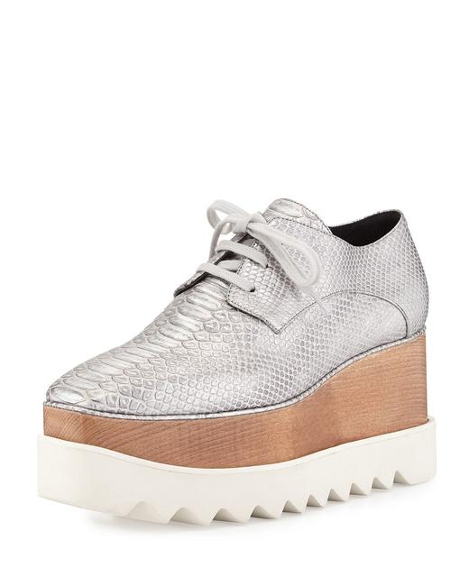 Item - Silver Textured Faux Leather Oxford Wedges Size EU 38.5 (Approx. US 8.5) Regular (M, B)
