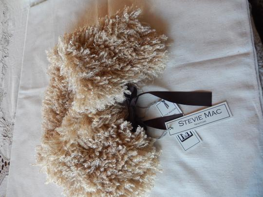 Stevie Mac New York Stavie Mac New york Neck warpcamel color New with tags. Image 5