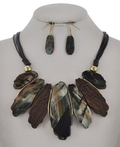 UNBRANDED Teal Color Mix Cellulose Acetate Necklace & Earring