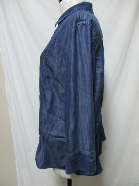 Chico's Chambray Smocket Chambrayblouse Button Down Shirt blue Image 2