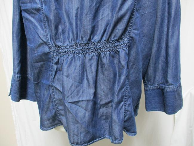 Chico's Chambray Smocket Chambrayblouse Button Down Shirt blue Image 9