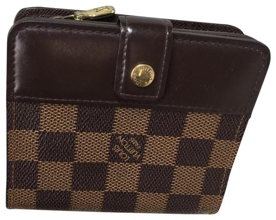 Preload https://img-static.tradesy.com/item/26330981/louis-vuitton-brown-damier-ebene-classic-compact-zip-around-wallet-0-4-540-540.jpg