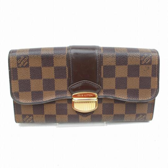 Preload https://img-static.tradesy.com/item/26331098/louis-vuitton-damier-sistina-wallet-0-0-540-540.jpg