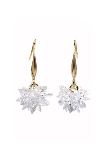 Ocean Fashion Gold sparkling snowflake crystal earrings Image 0