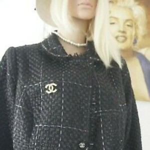 SEWN IN MY ATELIER JACKET ARTWORK NOTORIGINAL FABRIC TWEED & BUTTONS & LINING CHANEL Black Jacket