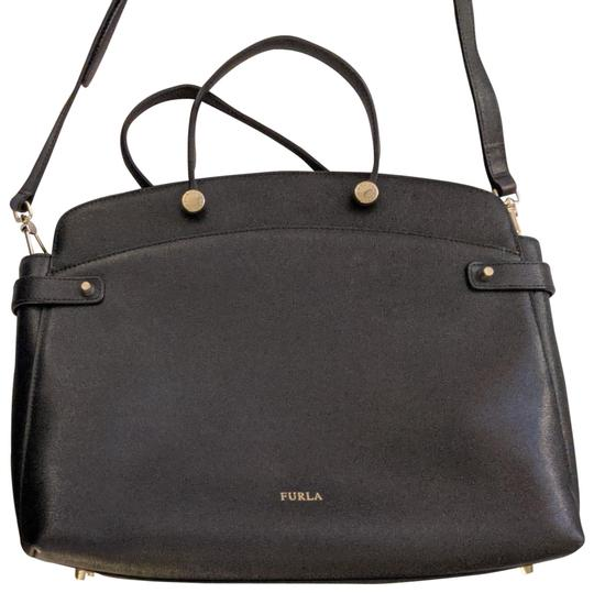 Preload https://img-static.tradesy.com/item/26334237/furla-medium-briefcase-purse-black-leather-cross-body-bag-0-5-540-540.jpg