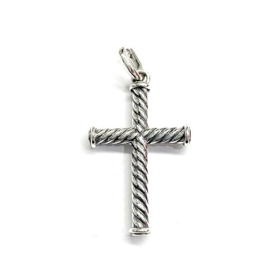 Preload https://img-static.tradesy.com/item/26334261/david-yurman-like-new-condition-sterling-silver-39mm-cable-cross-pendant-charm-0-0-540-540.jpg
