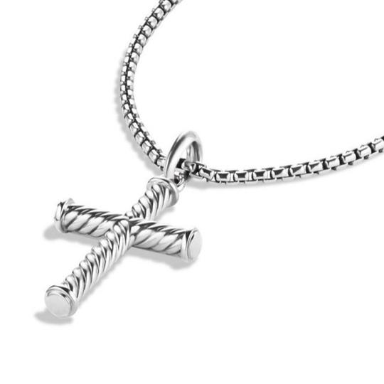 David Yurman GORGEOUS!!! LIKE NEW CONDITION!! David Yurman Sterling Silver 39mm Cable Cross Pendant Image 5