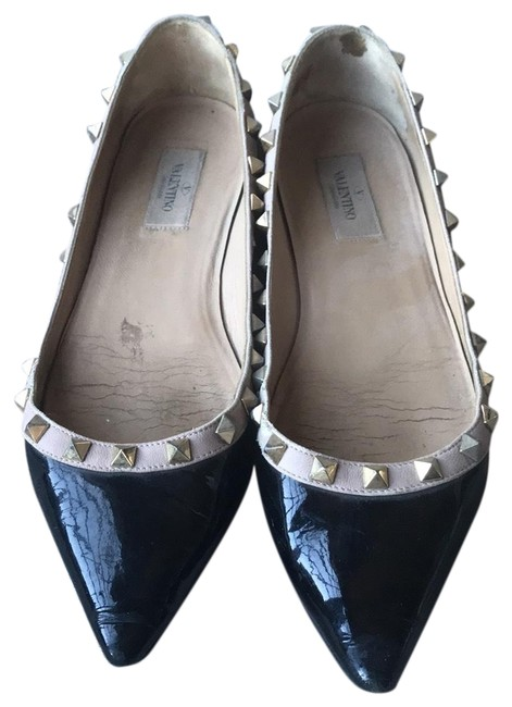 Item - Black Patent Rockstud Flats Size EU 38 (Approx. US 8) Regular (M, B)