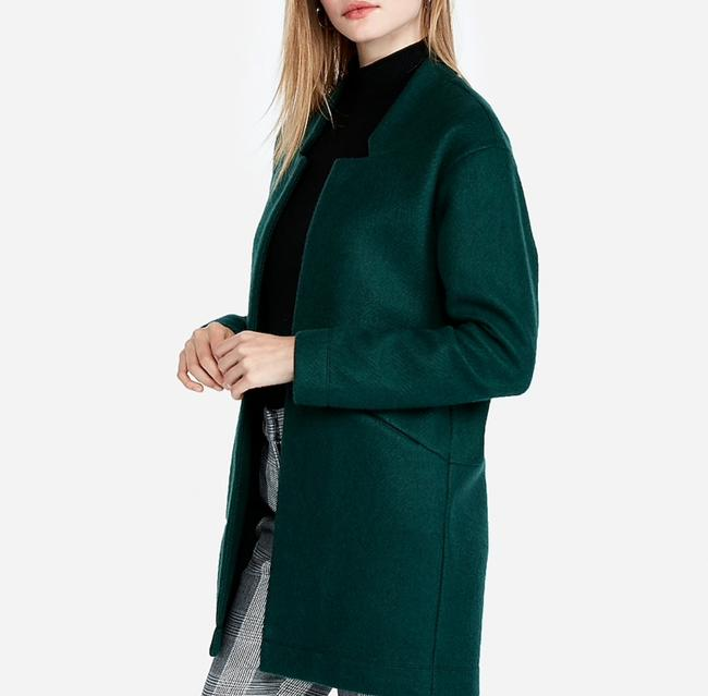 Preload https://img-static.tradesy.com/item/26334356/express-green-oversized-tailored-knit-blazer-size-16-xl-plus-0x-0-0-650-650.jpg