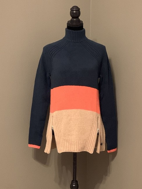 Abercrombie & Fitch Women's Large Sweater Image 2