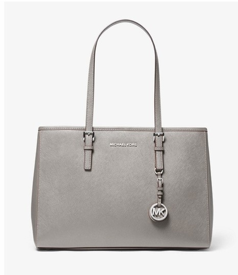 Preload https://img-static.tradesy.com/item/26334559/michael-kors-tan-saffiano-leather-jet-set-zip-silver-pearl-tote-0-0-540-540.jpg