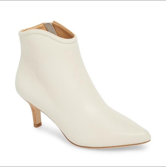 Joie white Boots Image 1
