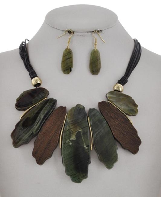 Item - Green/Black Olive Cellulose Acetate Earring Necklace