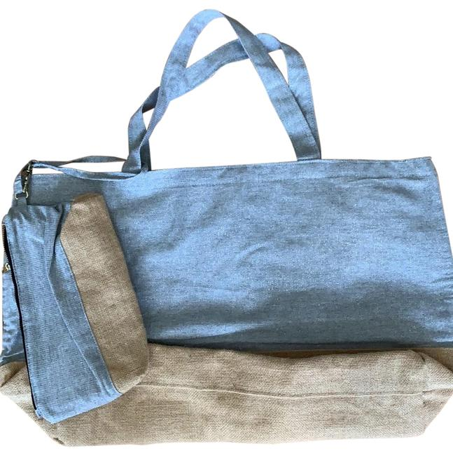 Item - Canvas with Zippered Wristlet Jute/Silver Tote