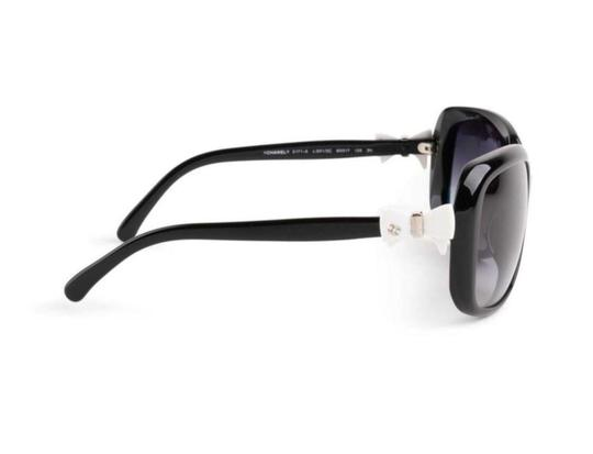 Chanel CH 5171 c.501/81 60mm White Bow Polarized Image 5