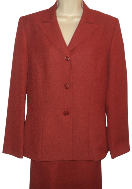 Item - Rust Jacket and Single Breasted. Skirt Suit Size 8 (M)