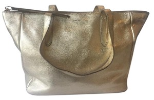 Fossil Tote in Gold Metallic