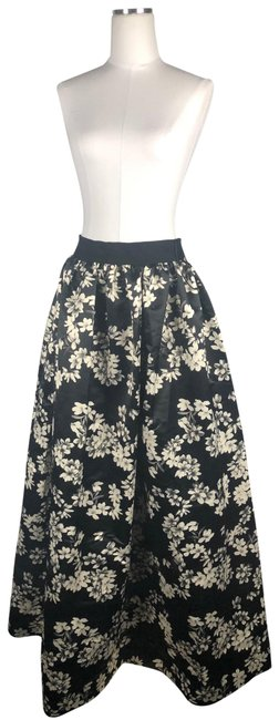 Alice + Olivia Black Floral Wedding Skirt Size 6 (S, 28) Alice + Olivia Black Floral Wedding Skirt Size 6 (S, 28) Image 1