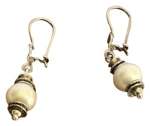 Silpada Pearl silver earrings