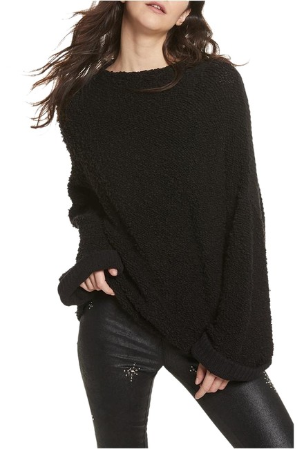 Preload https://img-static.tradesy.com/item/26346280/free-people-l-cuddle-up-cotton-blend-boucle-slouchy-black-sweater-0-2-650-650.jpg