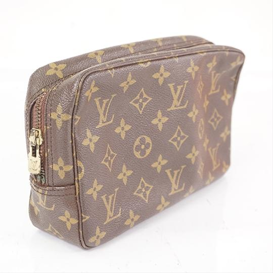 Louis Vuitton Brown Clutch Image 1