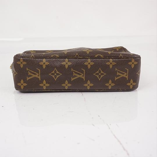 Louis Vuitton Brown Clutch Image 2