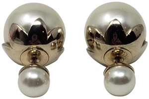 Christian Dior Faux pearl Christian Dior Tribales earrings