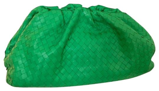 Preload https://img-static.tradesy.com/item/26346703/bottega-veneta-green-lambskin-leather-clutch-0-1-540-540.jpg
