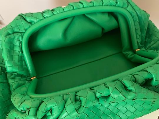 Bottega Veneta green Clutch Image 2
