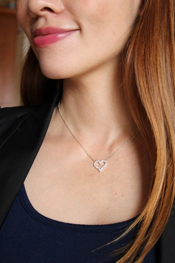 Ocean Fashion Sterling silver lovely crystal heart necklace Image 1