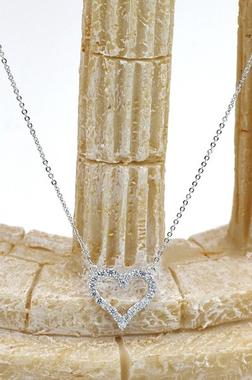 Ocean Fashion Sterling silver lovely crystal heart necklace Image 2