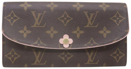 Preload https://img-static.tradesy.com/item/26346868/louis-vuitton-brown-emilie-monogram-canvas-wallet-0-2-540-540.jpg