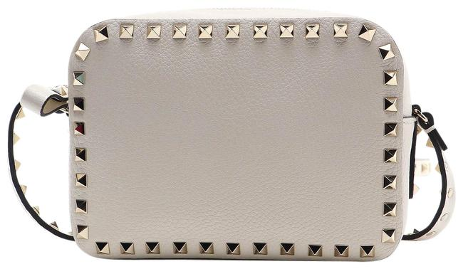 Item - Spk New Rockstud Camera Bab White Leather Cross Body Bag